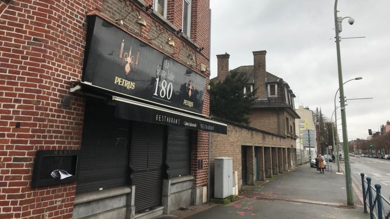 A Tourcoing La Bonne Table Du 180 En Liquidation Judiciaire