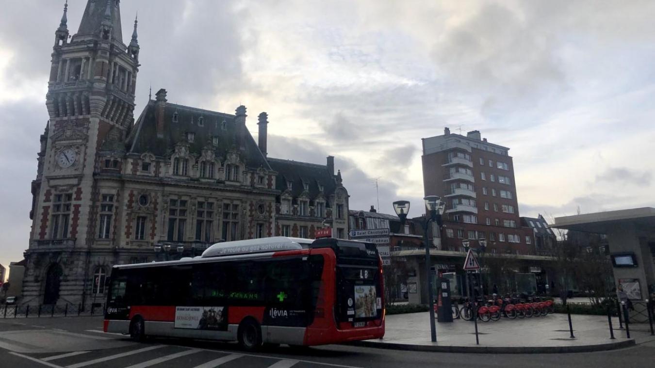 Un homme agressé par une bande à l'entrée du métro, à Tourcoing-centre