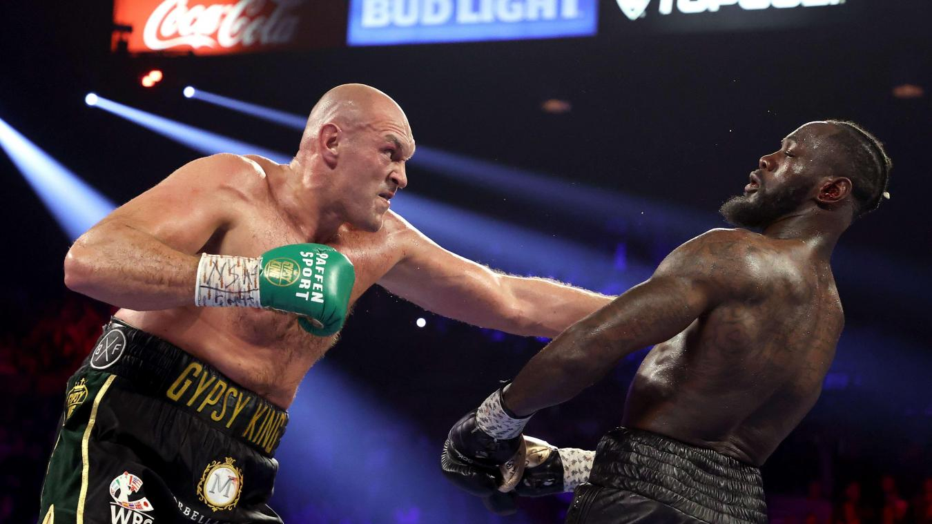 Tyson Fury bat Deontay Wilde en seulement sept (7) rounds — Boxe