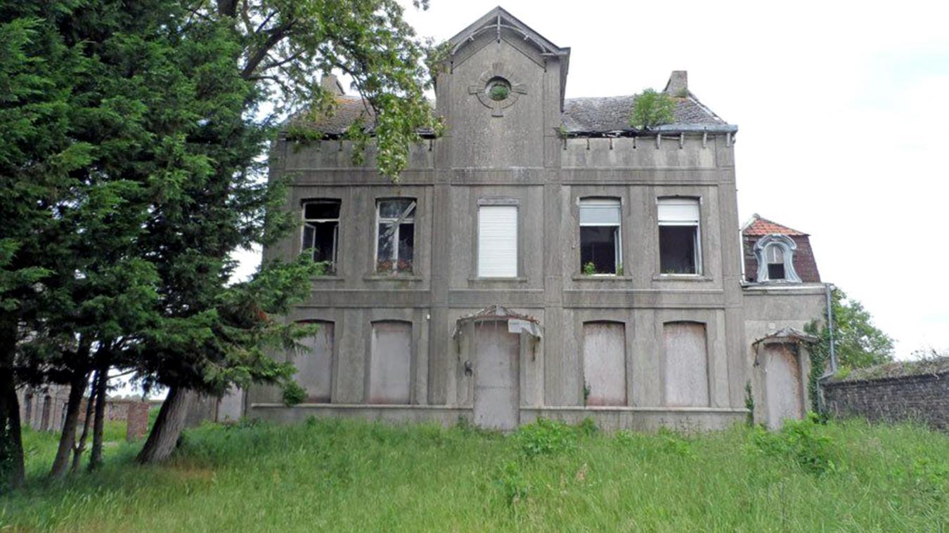 Sur La Piste D Un Fantome Au Chateau Aubert A Hergnies