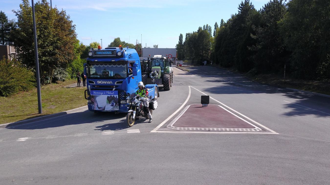 Photos : L'hommage de 130 camions à Thibaut Thumerel, mort à 23 ...