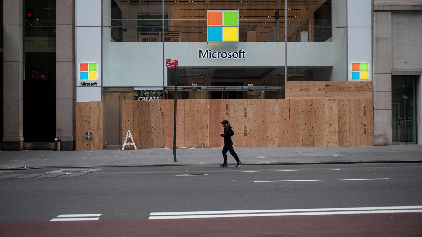 Fermeture définitive de tous les magasins dans le monde — Microsoft