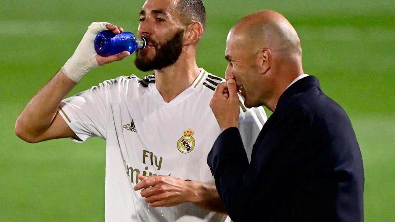 Twitter s'enflamme pour Benzema — Real