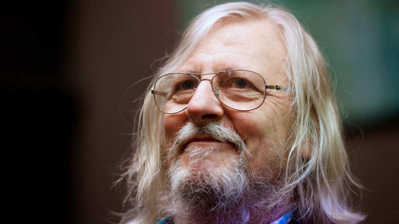 Didier Raoult reçoit un colis suspect, début de panique à l'IHU de Marseille
