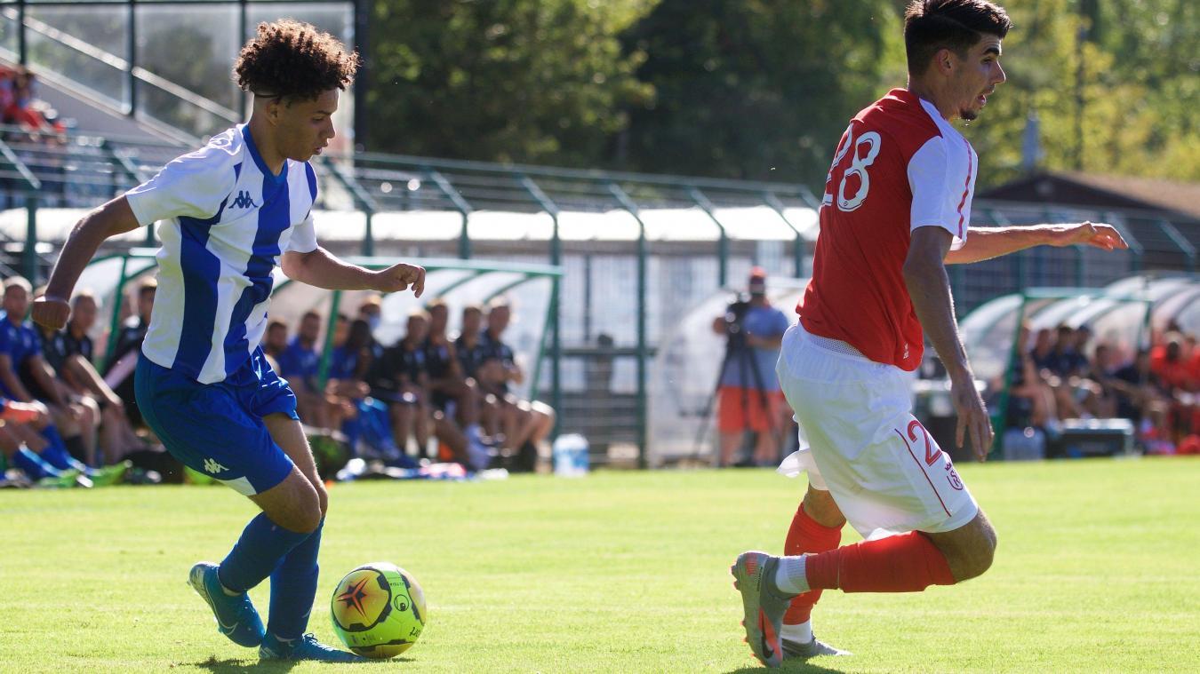 Football (L2): Qui est Ilan Kebbal, le milieu offensif de l'USLD ...