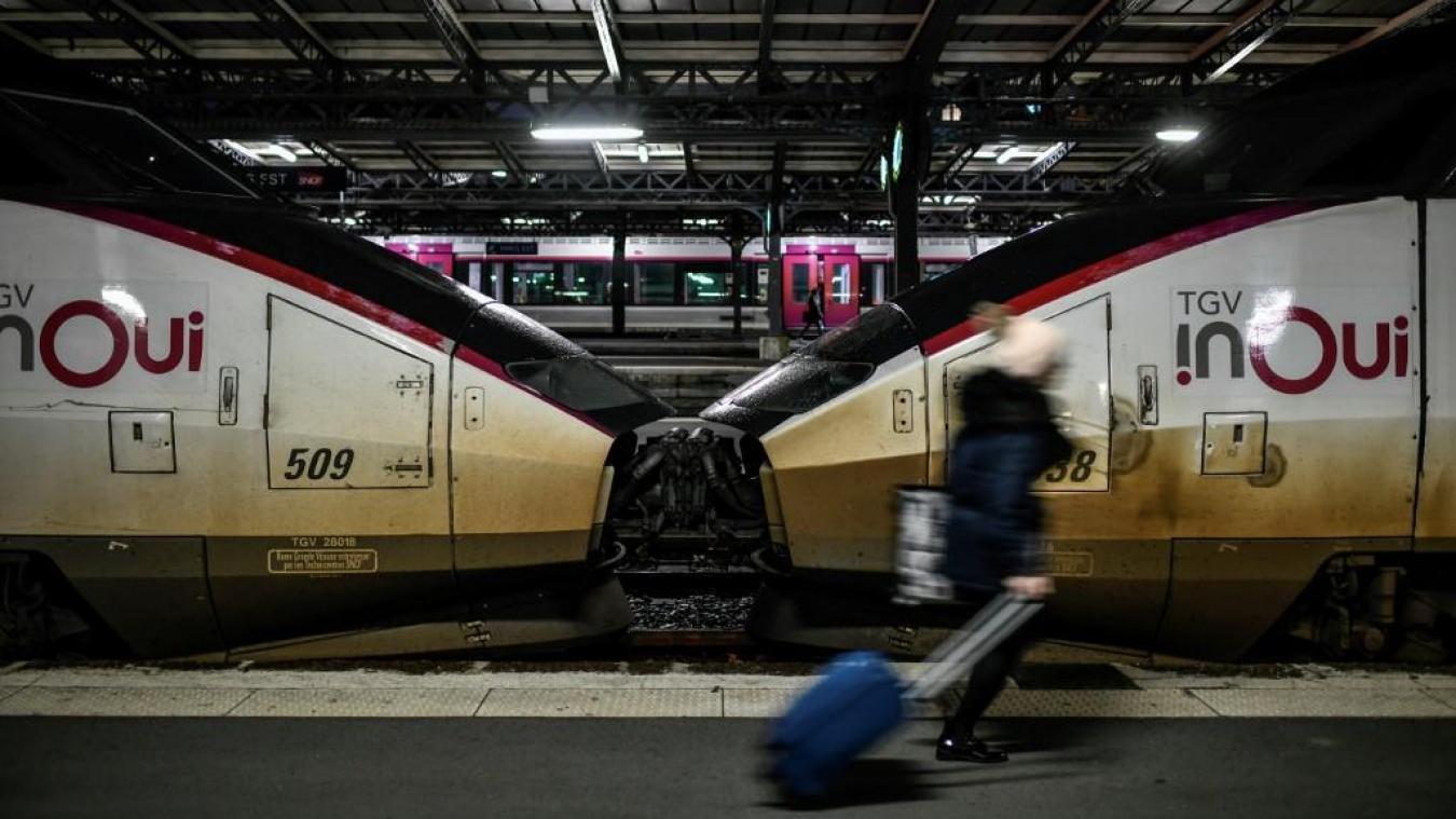 Le trafic reprend peu à peu ce lundi — TGV bloqués