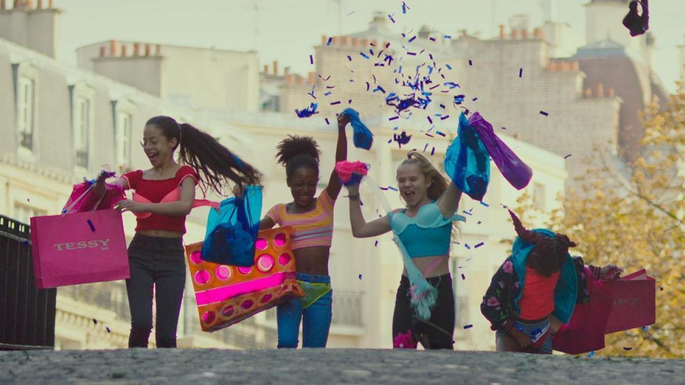 Mignonnes, c'est l'histoire d'une bande de filles qui grandit trop vite