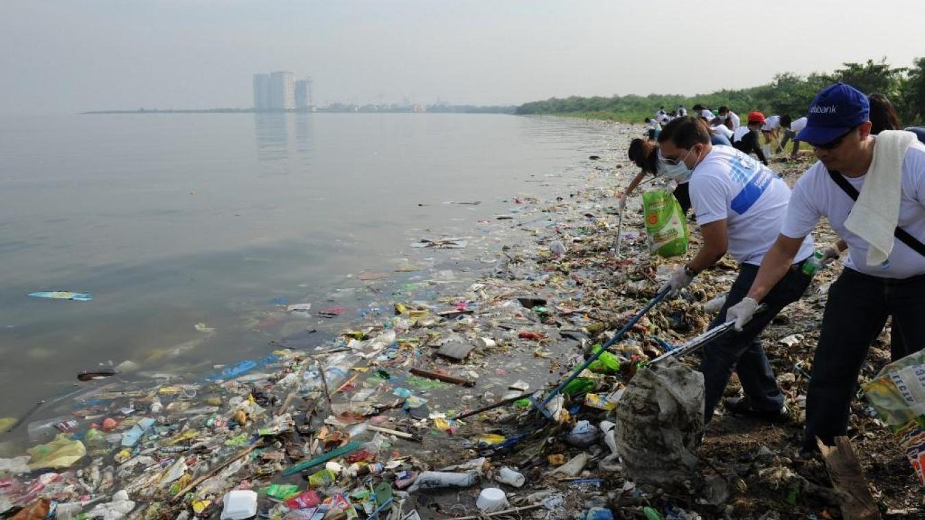 14 millions de tonnes de plastiques joncheraient le sol des océans — Pollution