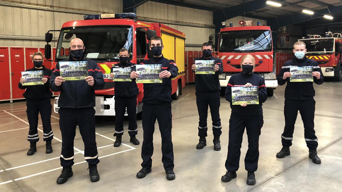 Calendrier Course à Pied Nord Pas De Calais 2021 Les pompiers de Lumbres offrent les pubs aux commerçants dans leur