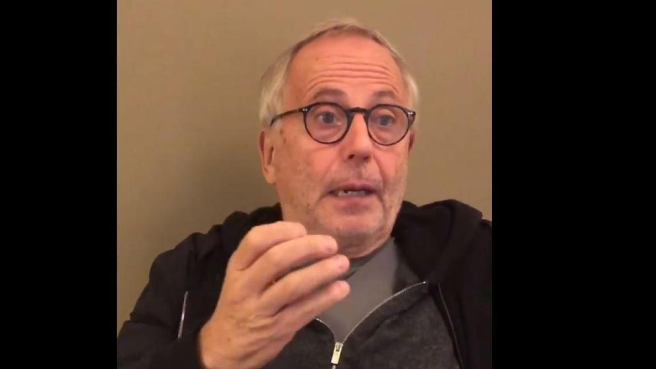 L'acteur de 68 ans reproche au gouvernement de se comporter comme le Docteur Knock le célèbre personnage de Jules Romains