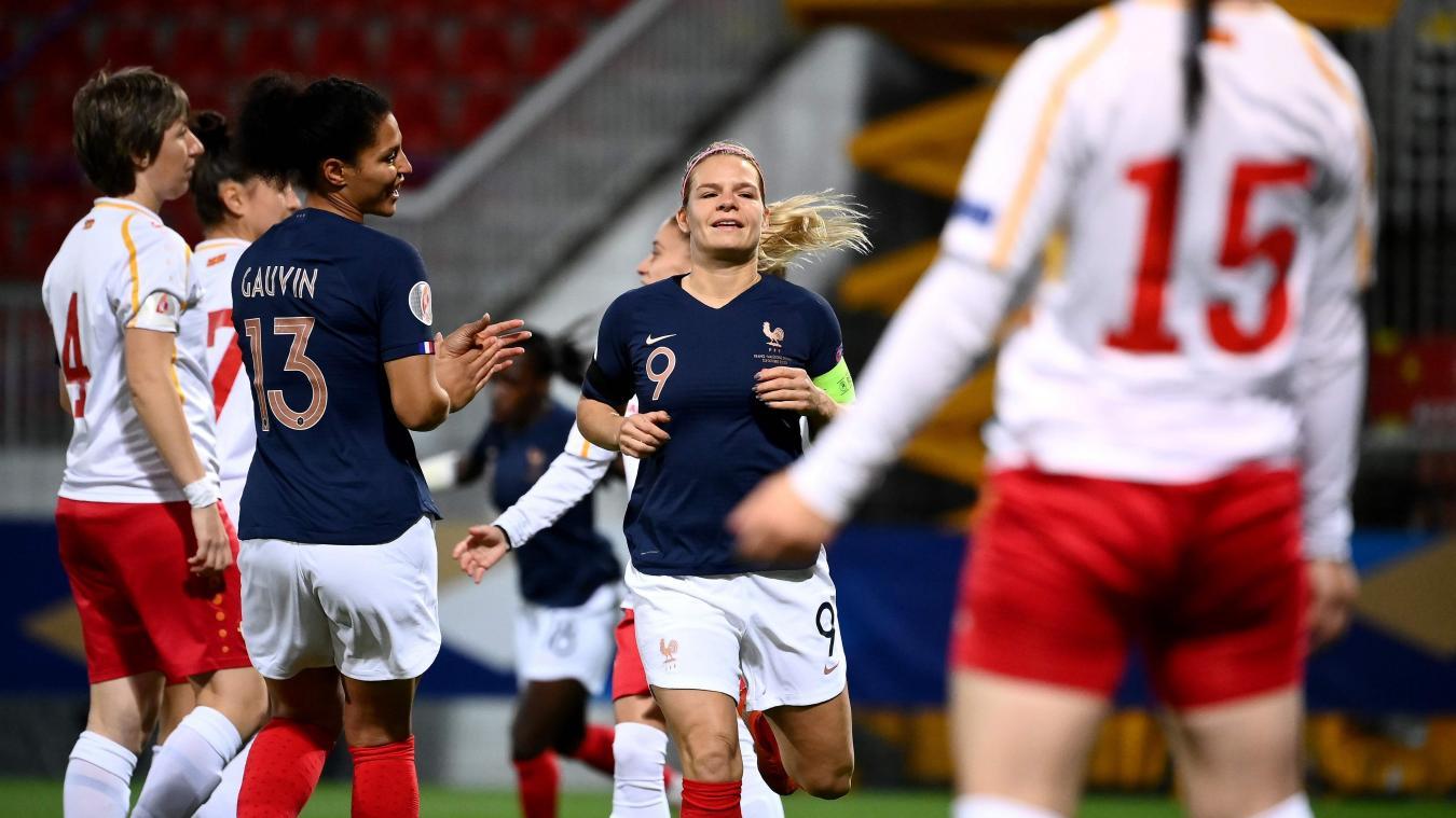 Sans sélectionneuse ni capitaine, la France reprend la route de l'Euro — Bleues