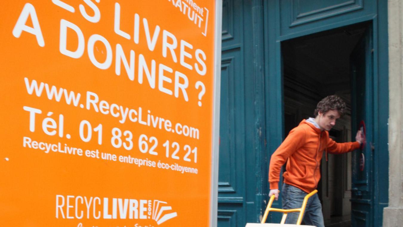 Lille Pour La Premiere Fois Cette Annee Recyclivre Collecte Des Jouets Pour Noel