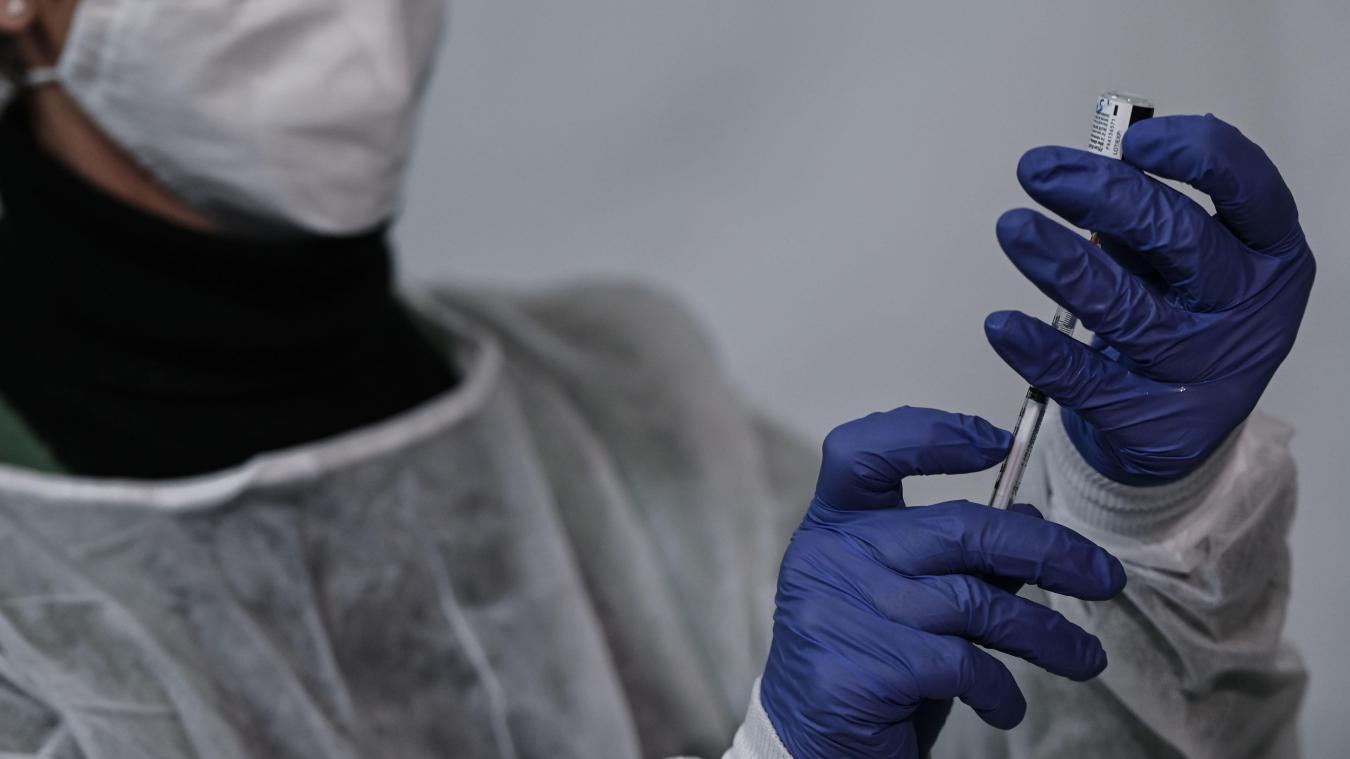 Six effets indésirables graves constatés en France depuis le 27 décembre — Vaccination