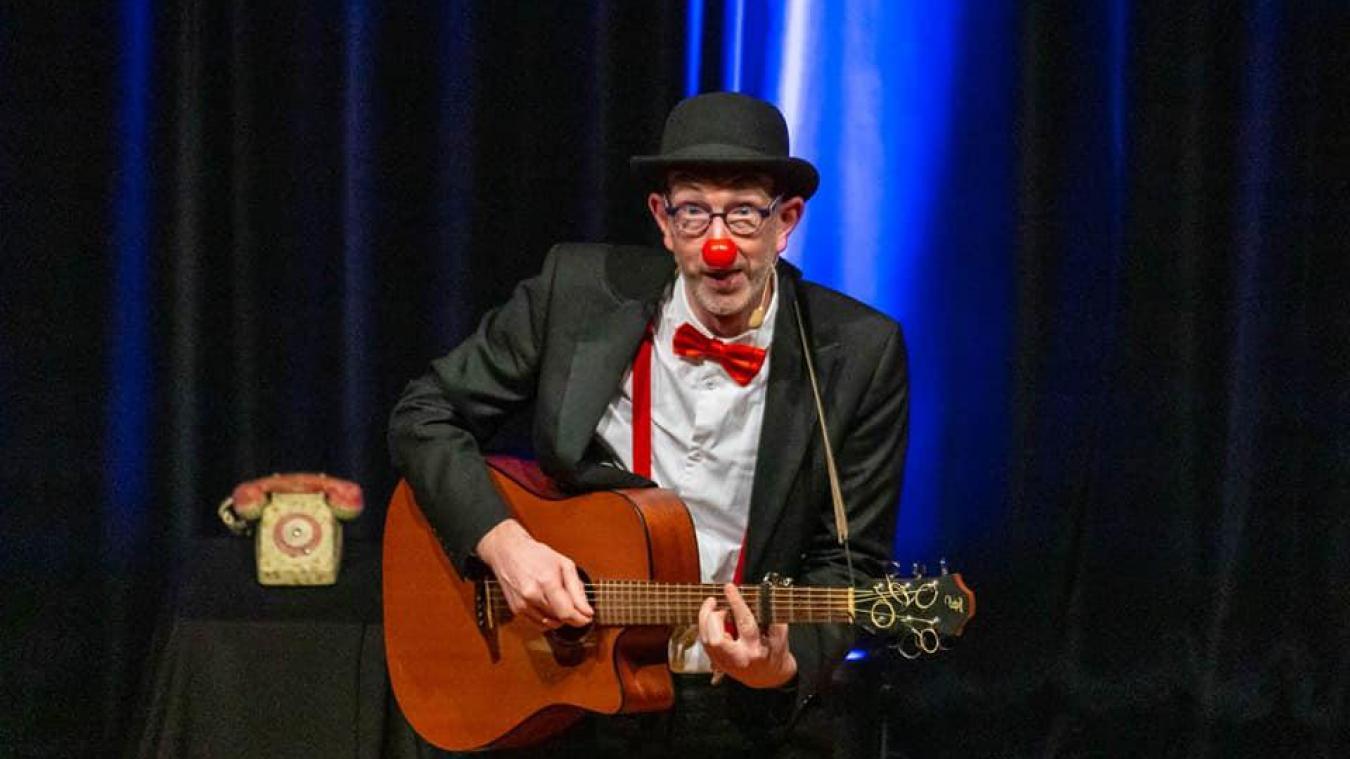 Armentières: on lui vole son matériel de scène et, pourtant, le clown Sirouy sourit encore à la vie