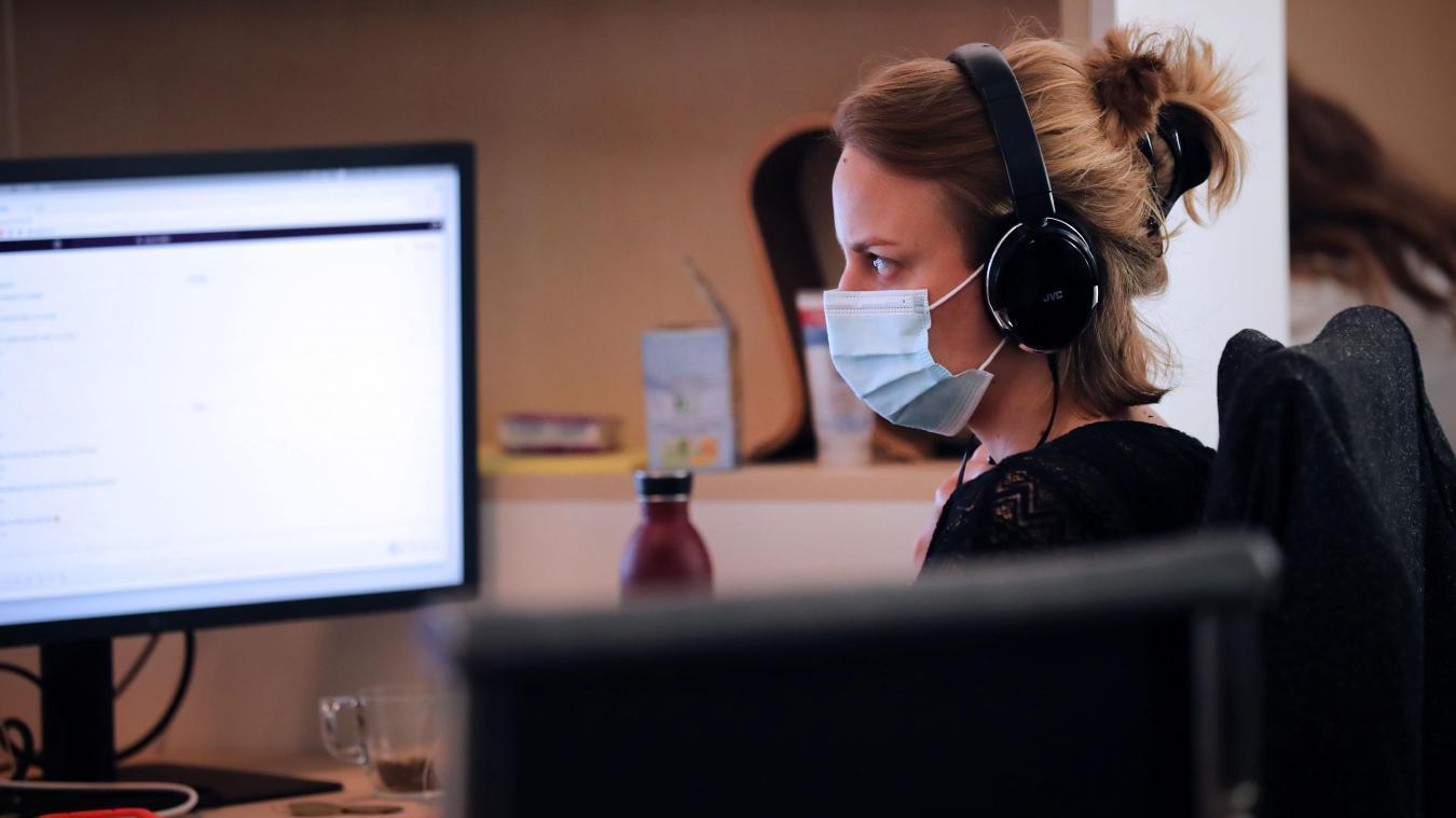 En entreprise, les salariés priés de ne plus utiliser de masques artisanaux