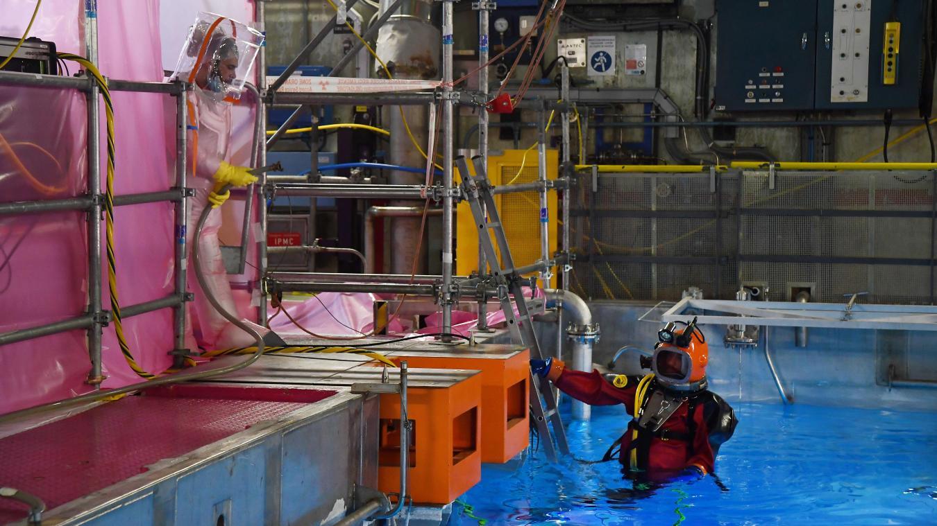 précédent Gravelines: plongeon inédit dans la piscine de combustible usé de la centrale nucléaire - La Voix du Nord