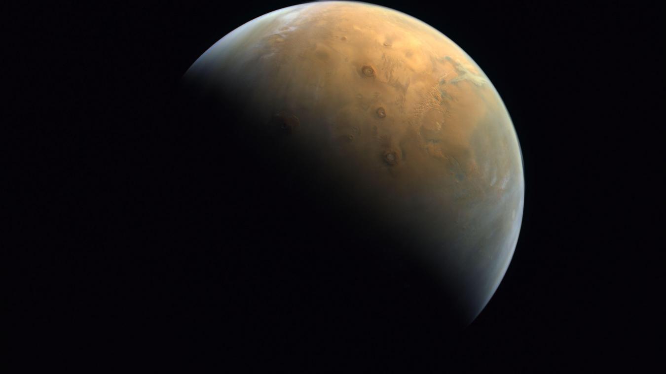 Première image de Mars envoyée par la sonde «Espoir» des Émirats - La Voix du Nord