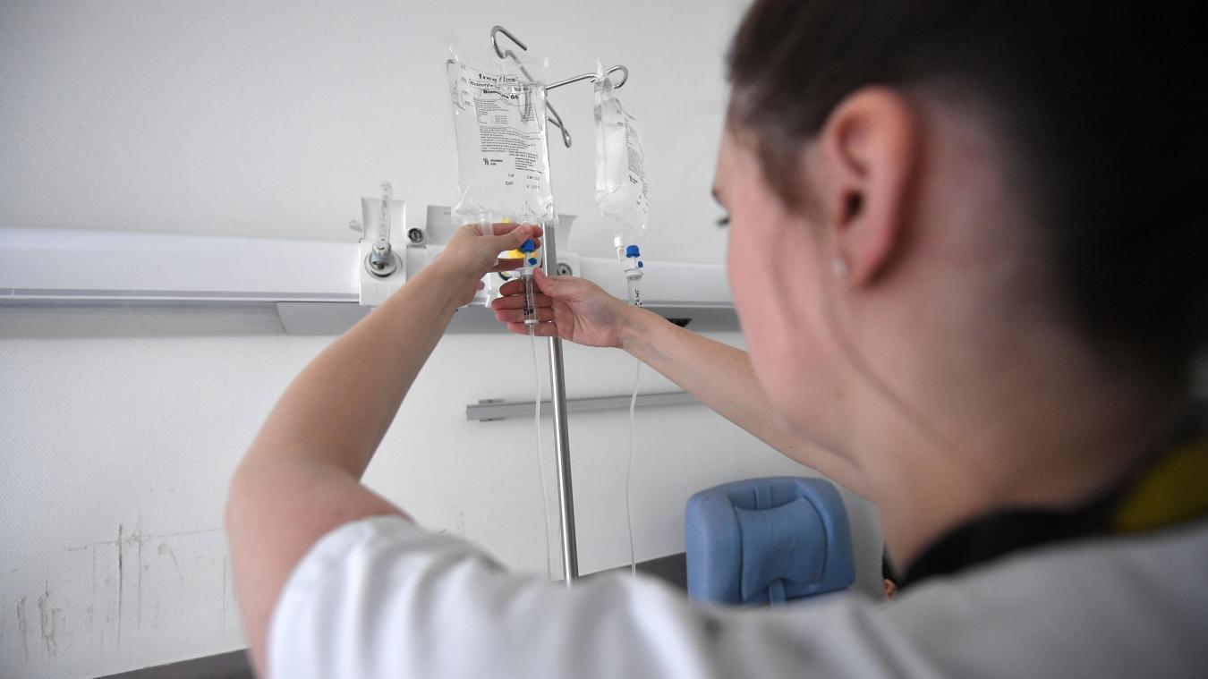 Cancer: au contact des rayons toute leur vie, des infirmières bataillent pour faire reconnaître leur maladie - La Voix du Nord