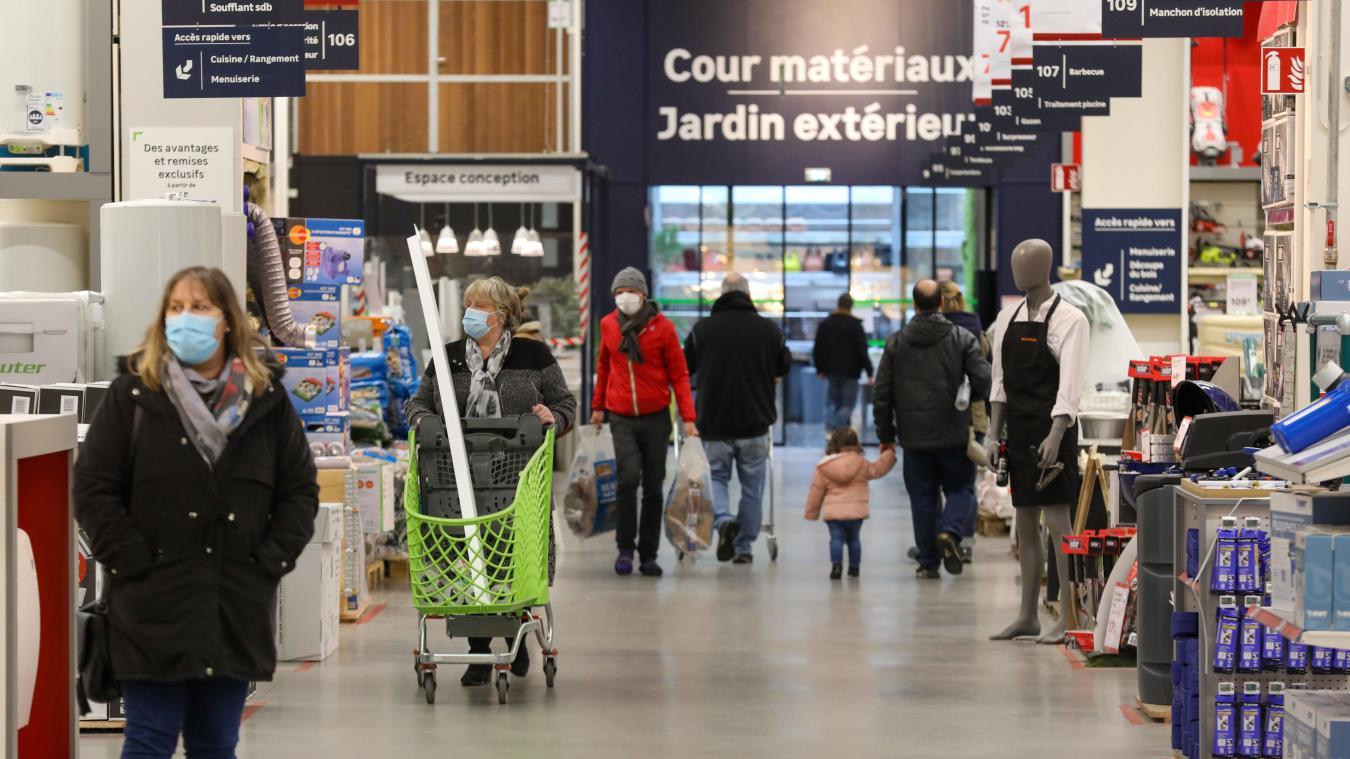 Fermeture des commerces de 10 000 m² dans le Nord : qui est concerné ? - La Voix du Nord