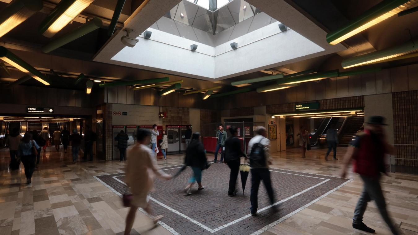 Le suspect a déclenché involontairement une bombe lacrymogène dans la station Rihour à Lille. Photo archives Baziz Chibane