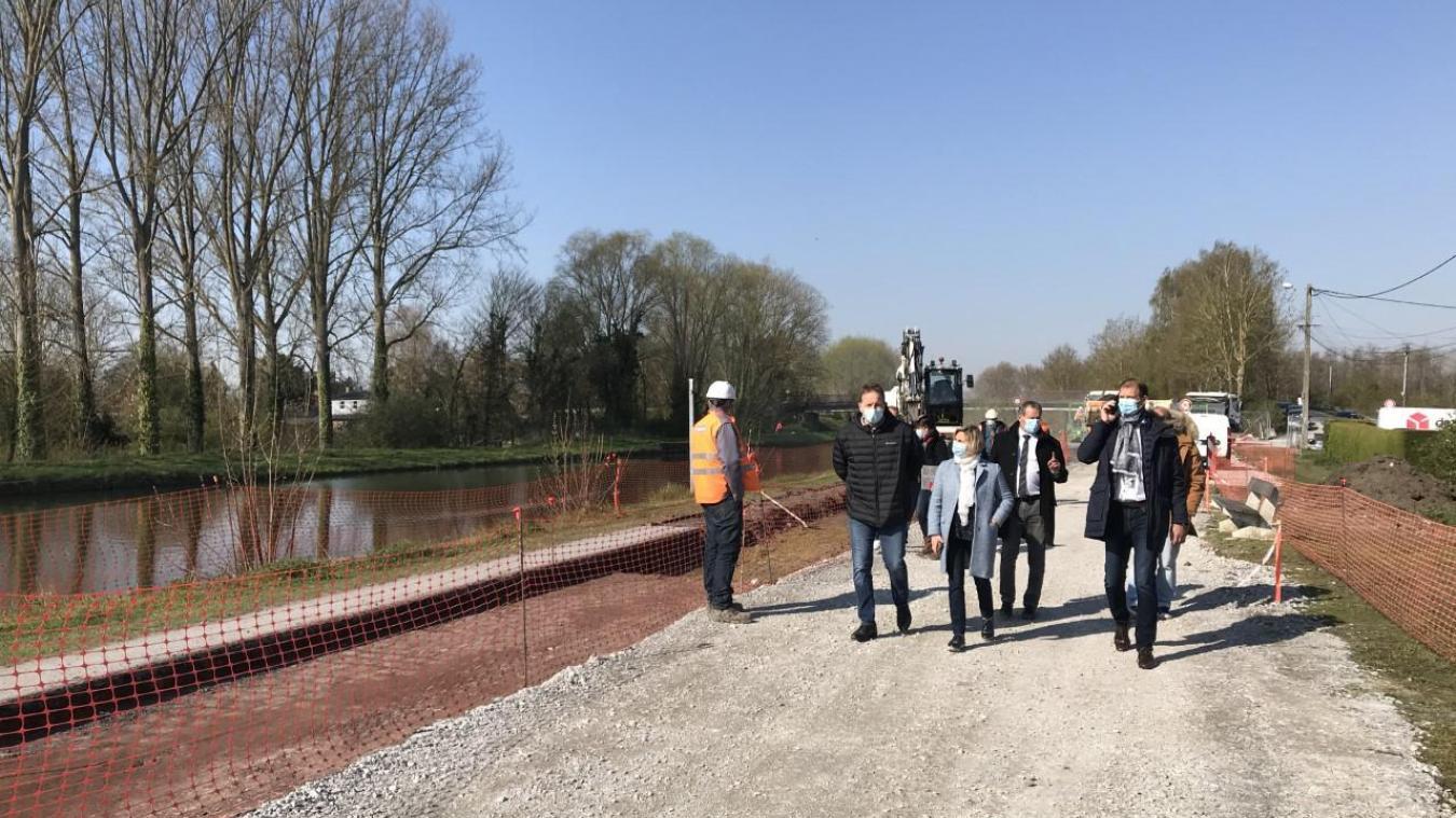 Lors de la visite de chantier vendredi matin, côté Paillencourt, l'une des trois communes du Bassin rond.
