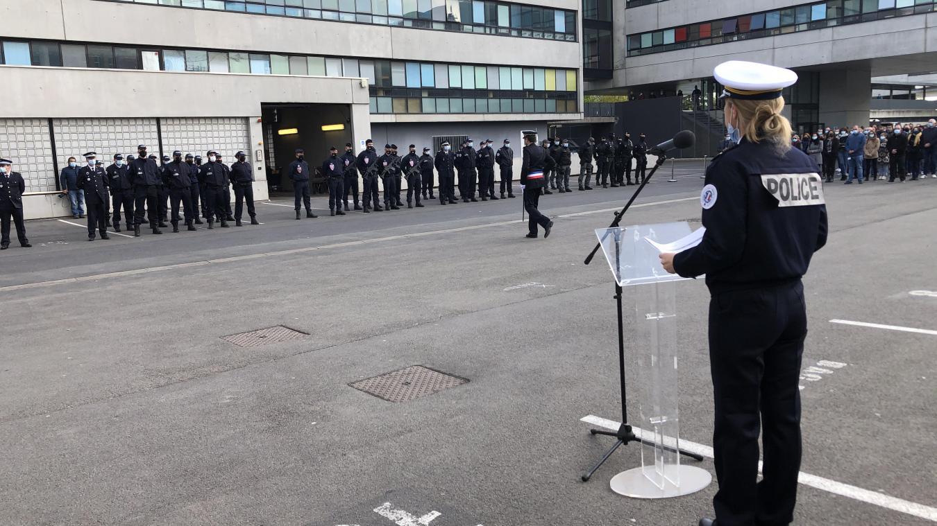Lille: à l'hôtel de police, deux membres du gouvernement pour l'hommage à Stéphanie Monfermé