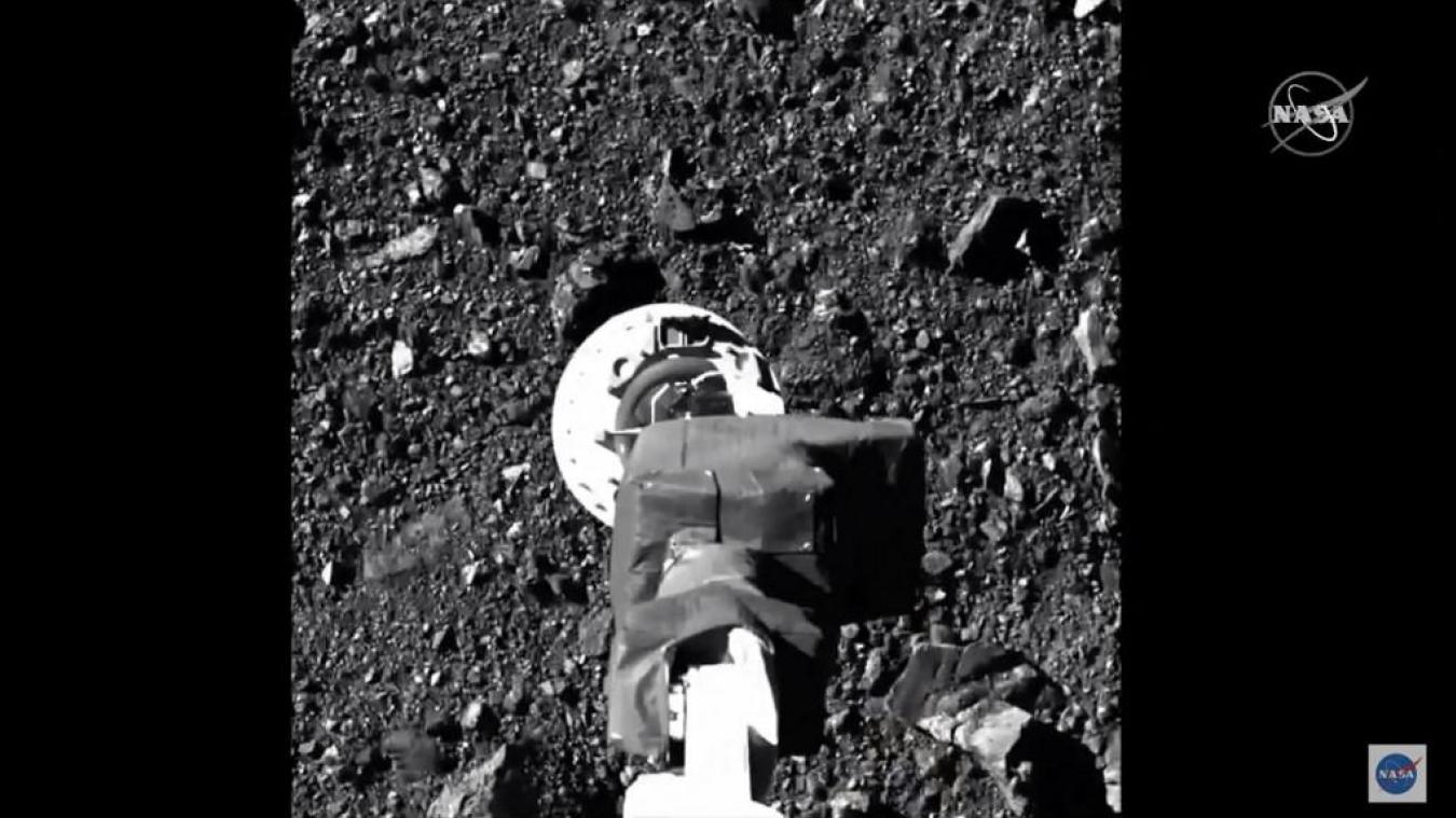 Espace : la sonde Osiris-Rex rentre à la maison avec son précieux chargement