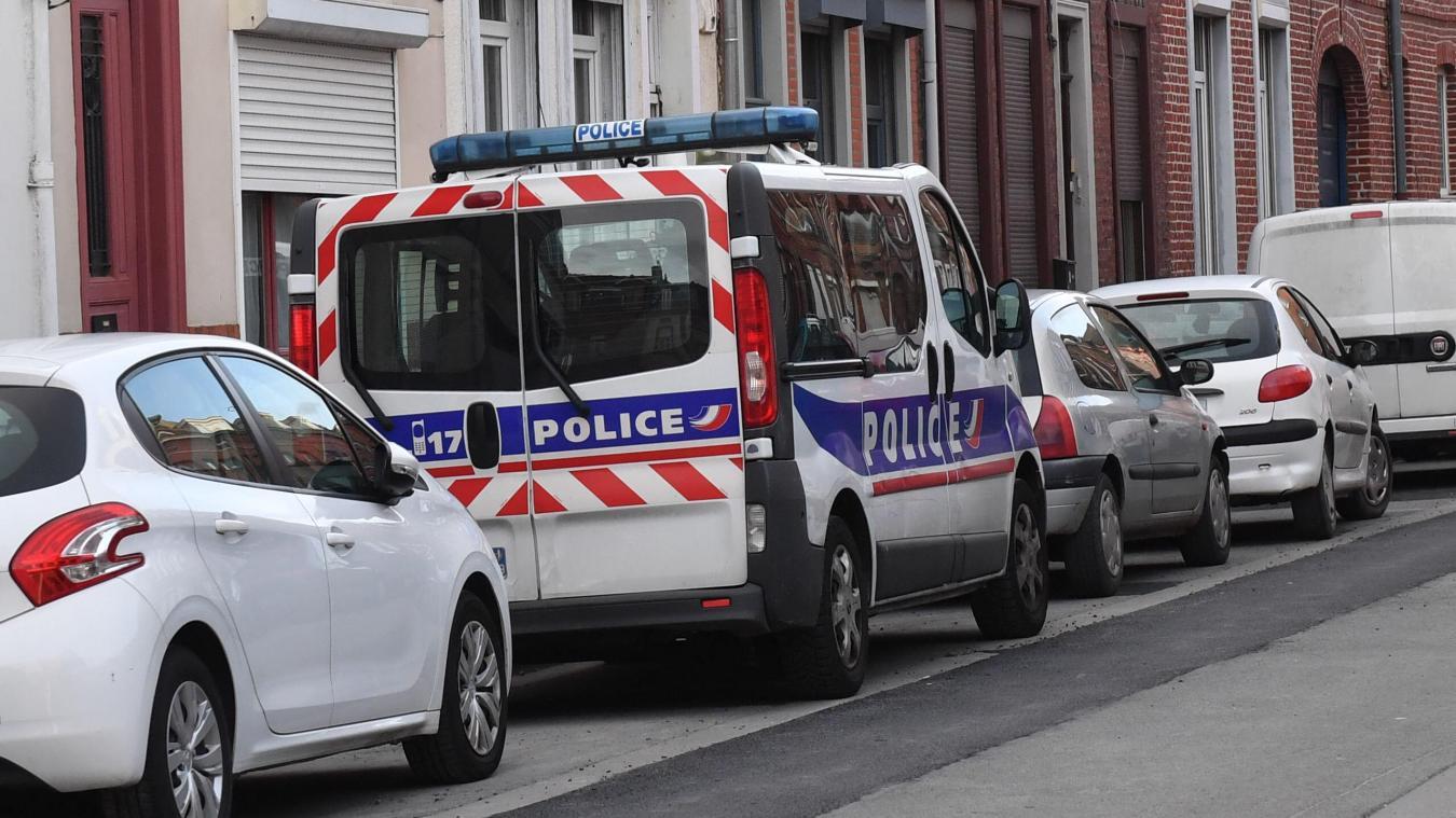 La victime a été retrouvée blessée par balle dans un domicile de la rue du Chemin de fer. PH PAUCHET LA VOIX DU NORD