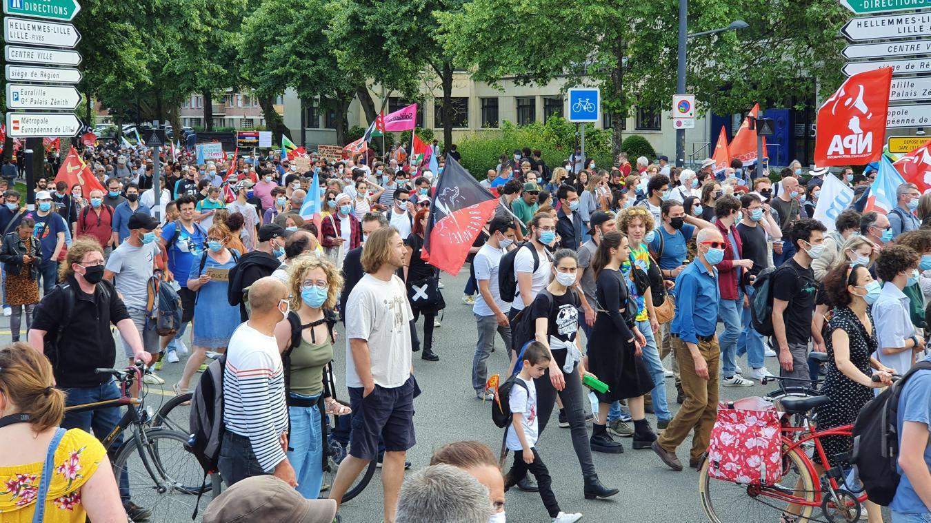 À Lille, 800 personnes dans la rue «pour les libertés»