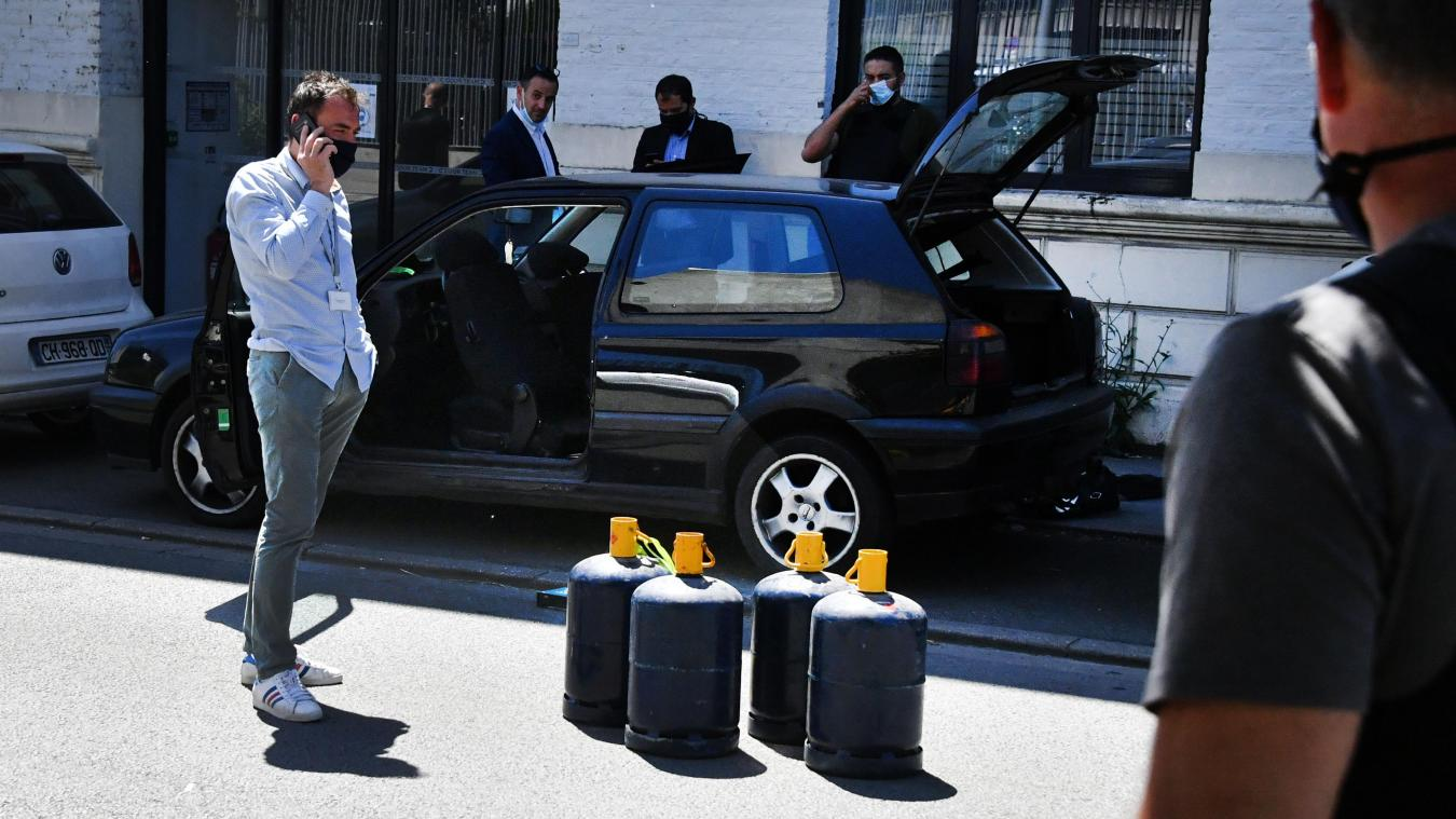 Le 14 juin, un Héninois avait été arrêté près de l'hôtel de police de Lille-Sud, avec des bouteilles de gaz vides. Photo archives Pierre LE MASSON