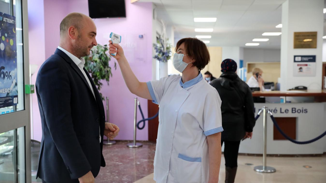 François Guth, lors de la mise en place des protocoles sanitaires à la Clinique Le Bois. Photo archives Pib