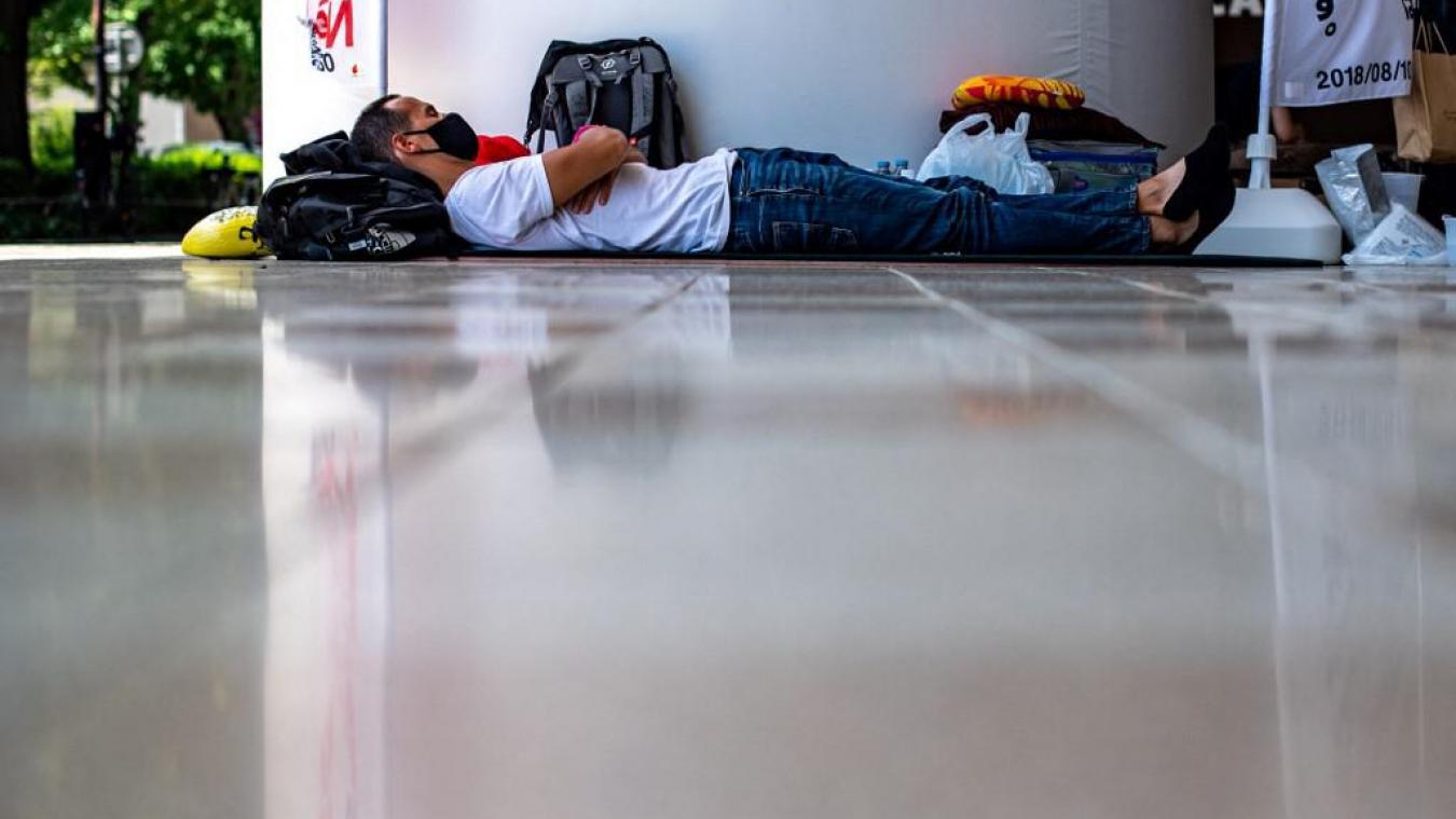 Tokyo: Vincent Fichot poursuit sa grève de la faim pour revoir ses enfants, sa santé se dégrade