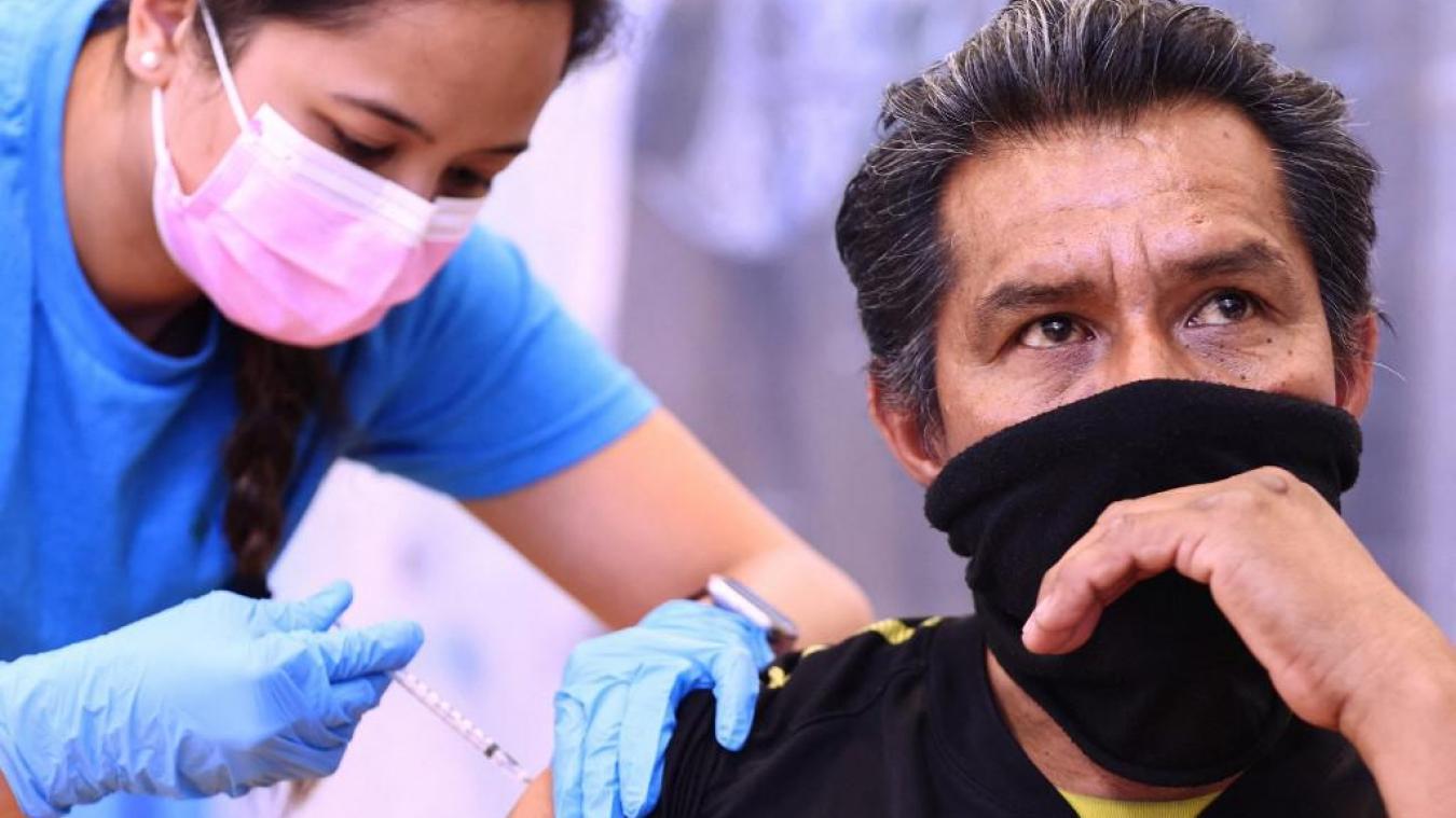 Vaccins: objectif atteint aux États-Unis, 70% des adultes ont reçu au moins une dose
