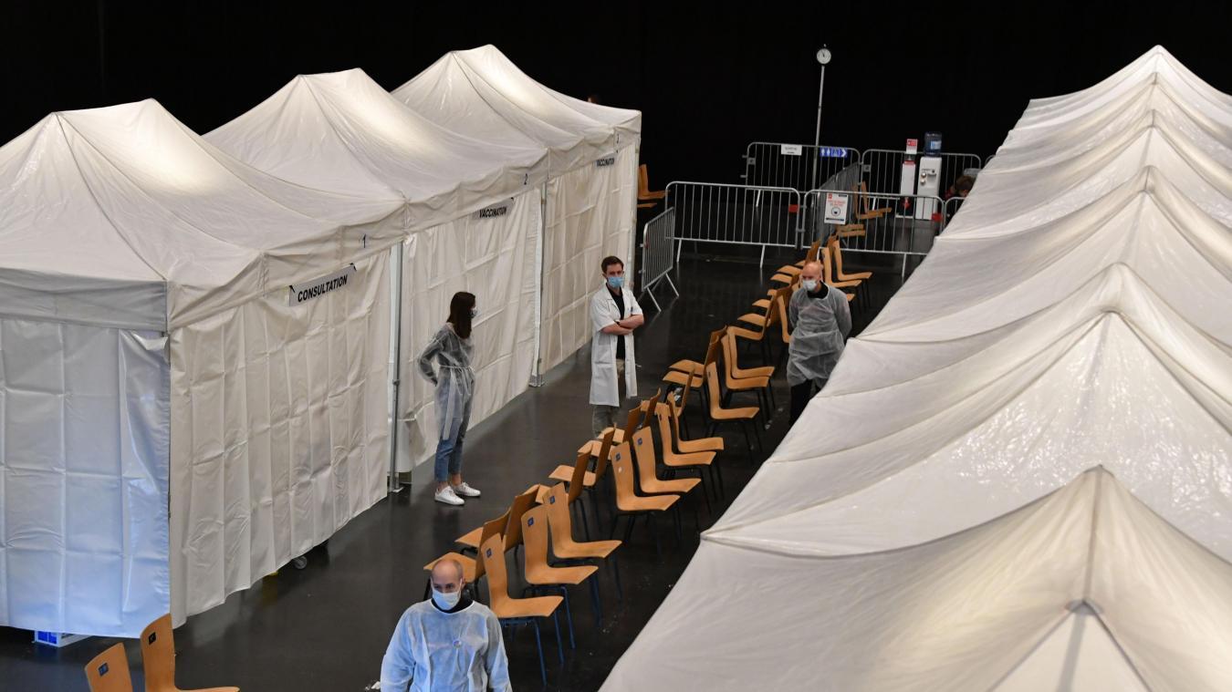 Lille: le centre de vaccination du Zénith fermera ses portes ce samedi
