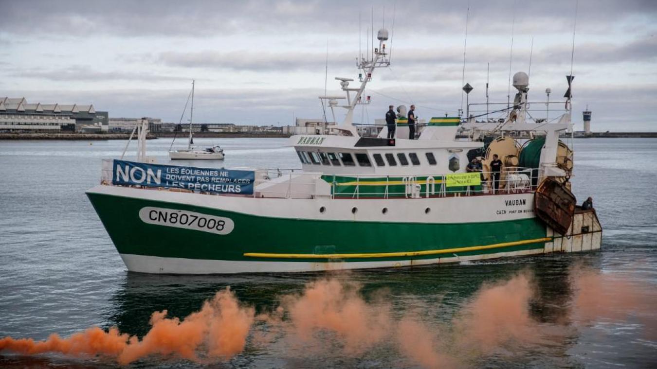 Des marins-pêcheurs boulonnais manifestent contre l'éolien en mer: «On va crever de faim»