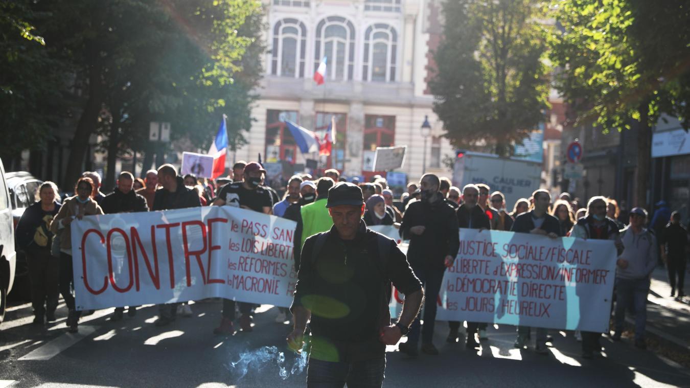 À Lille, les anti pass sanitaire persévèrent, mais s'essoufflent