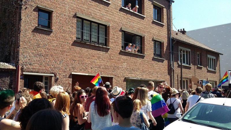 rencontre gay paris 11 à Arras