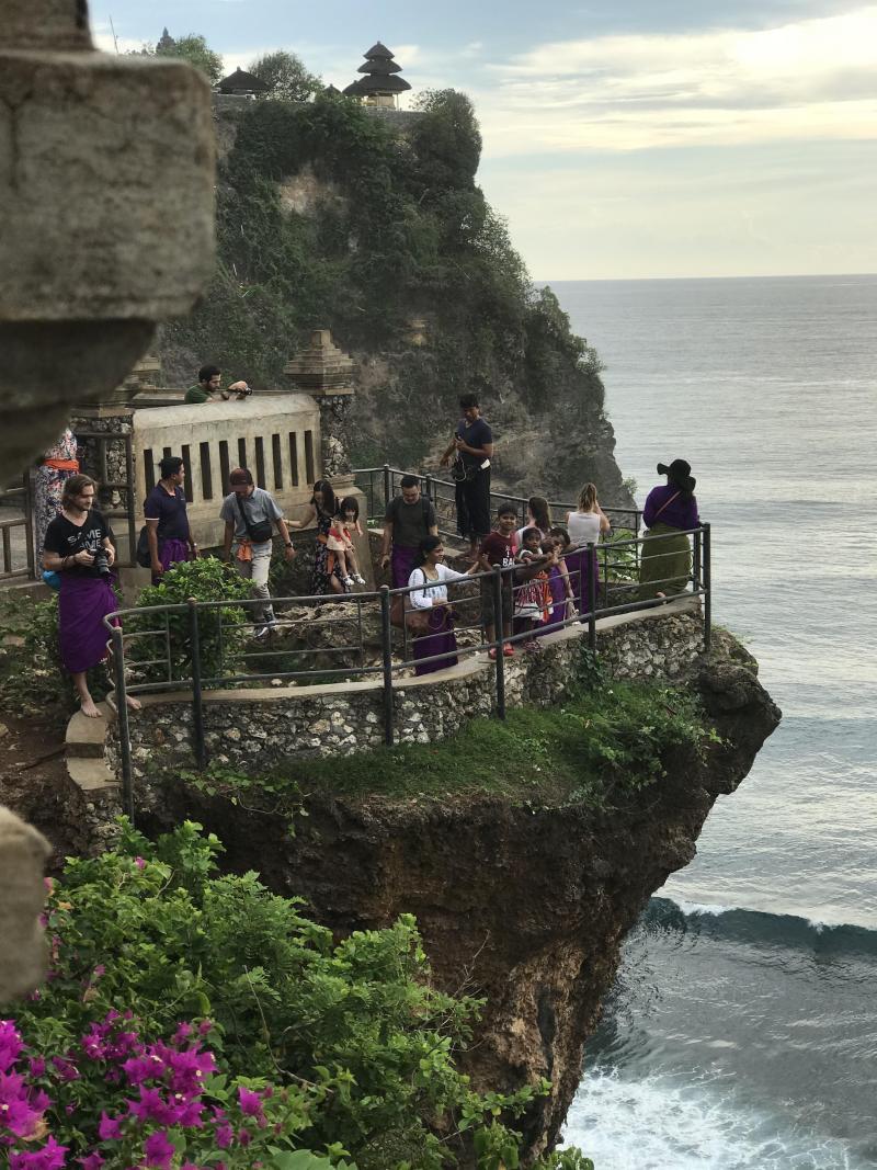 Bali, l'île des dieux vénérée par ses habitants B9714440571Z.1_20180117104027_000%2BGTNAFEU3C.3-0