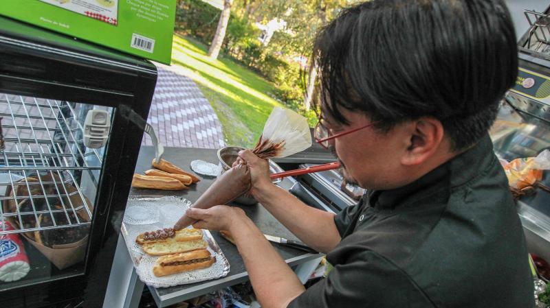 Brexent Enocq La Carte Un Food Truck Qui Fait La Part Belle A La