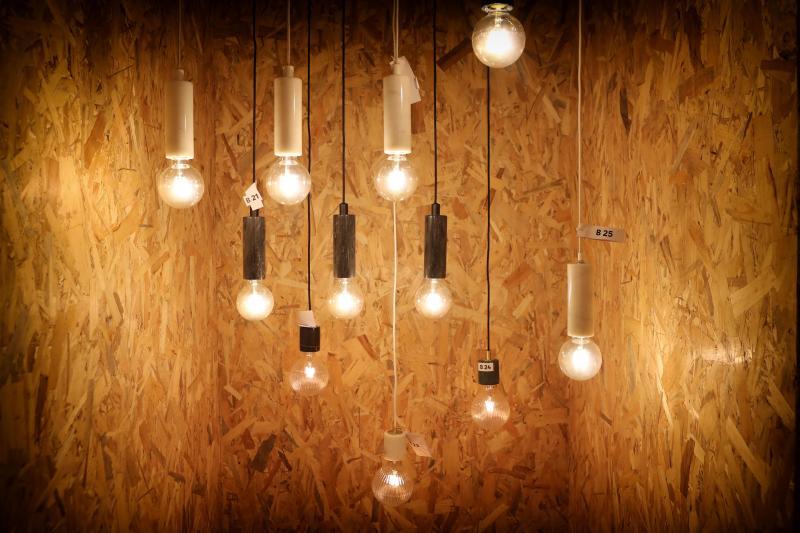 Bricolage Leroy Merlin Veut Faire La Lumière Sur Le Design De