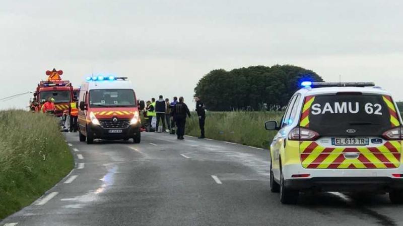 Le conducteur de l'un des deux véhicules serait décédé sur le coup.