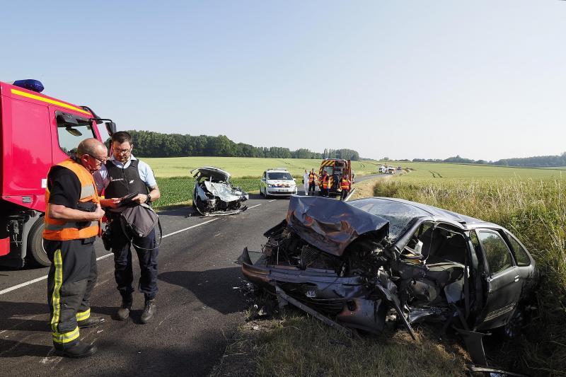 L'état des voitures ne laissait aucun doute sur la violence de cette collision frontale. PHOTO CHRISTOPHE LEFEBVRE