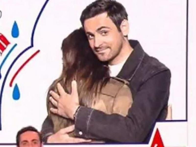 Cette photo est donc probablement la seule image publique du couple\u2026 même  si l\u0027on ne voit la jeune femme que de dos ! Dans une récente interview à  Télé Star