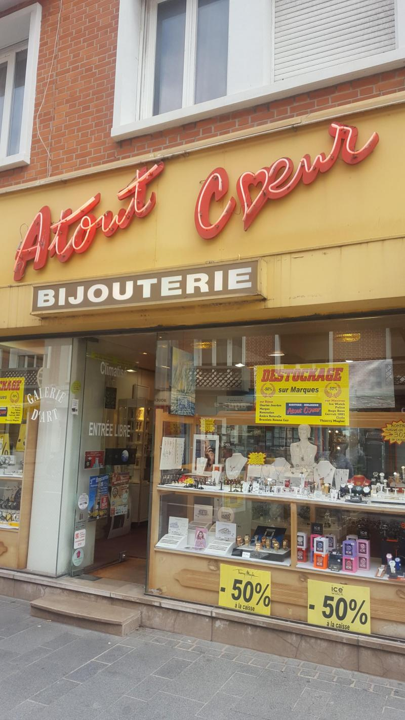 profiter du prix de liquidation Braderie meilleur fournisseur Après 32 ans, le bijoutier d'Atout cœur trouvera-t-il un ...
