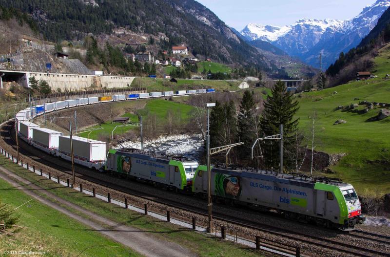 Des trains circulent déjà entre le nord de l'Allemagne, près de la frontière néerlandaise, jusqu'en Italie, près de Milan.