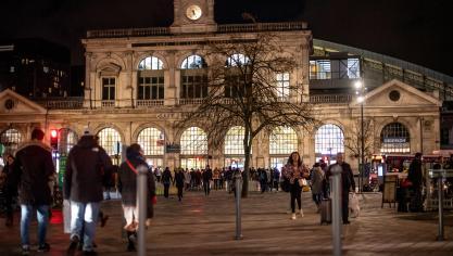 88e699634f09 Lille-Flandres est l une des rares gares françaises installées en cœur de  ville