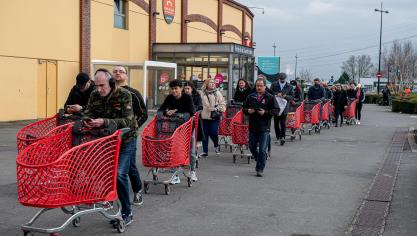 Coronavirus Des Magasins Auchan Devalises Mais Pas De Penurie